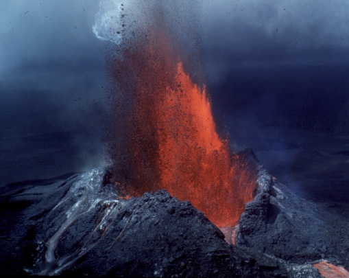 what type of eruption does mt st helens have